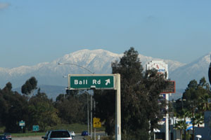 カリフォルニアの雪山mountain1.jpg