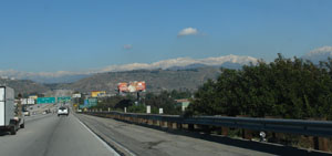 カリフォルニアの雪山mountain2.jpg